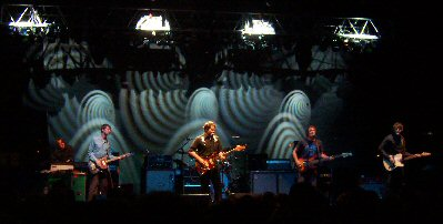 wilco-062305-wide-background.jpg